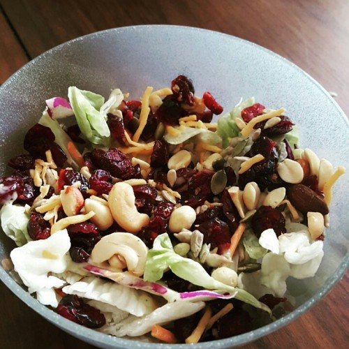 Quick Easy Meal: Cranberries & Mix Nuts Salad